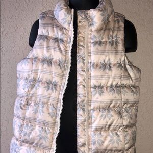 Girls Old Navy Puffer Vest Size 5T Light Snowflake